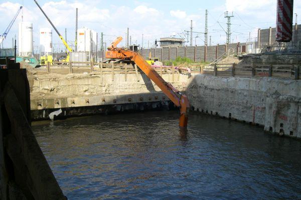 erich-lange-tunnel-2213846078CF-70F8-6249-EA0C-BDF2A51F93CB.jpg